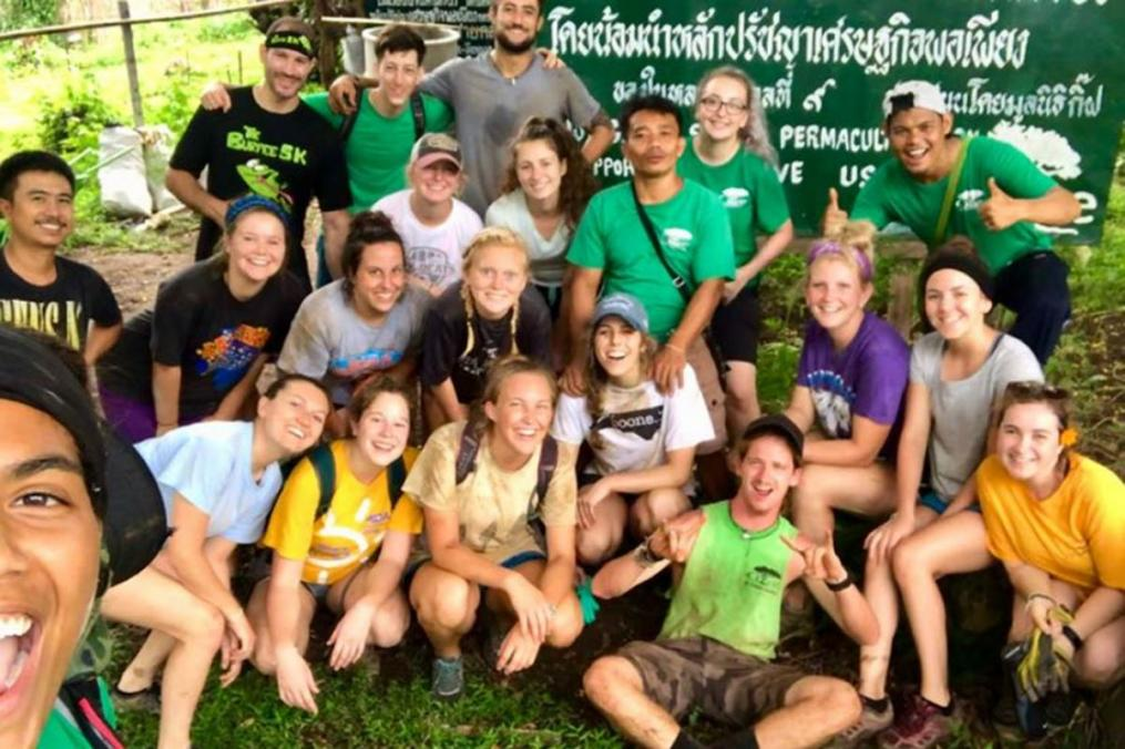 Sarah Honan '21 completed a summer Field Period® in Thailand. Here, she poses with members of her Growth International Volunteer Excursions crew.