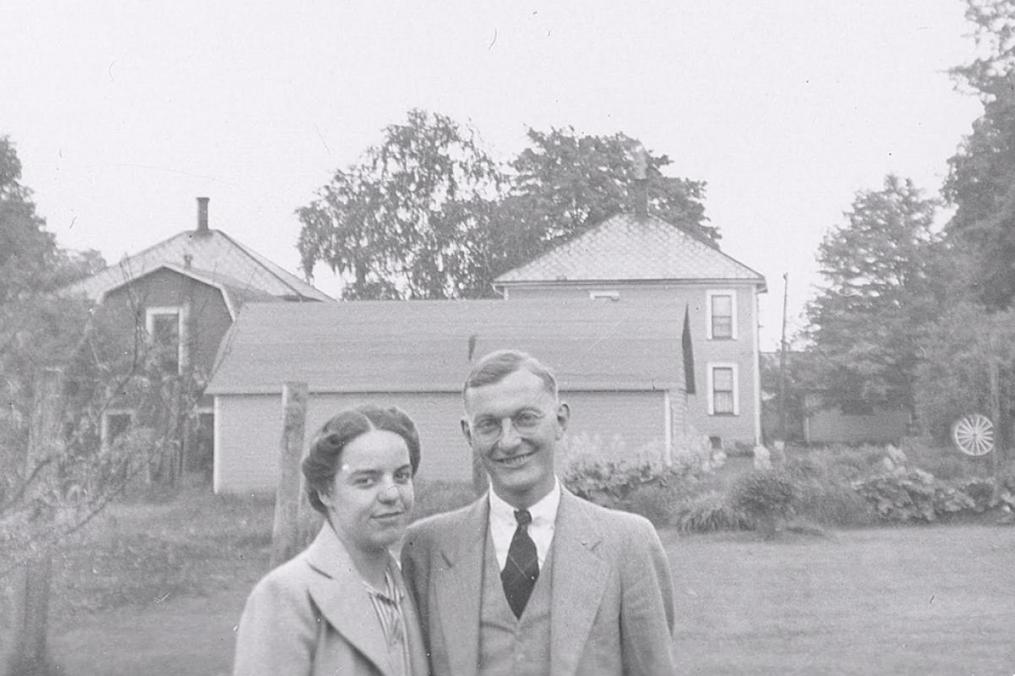 Mary Beth's parents, Edna Buckley Oaks '38 and Charles Oaks, met on the campus of Keuka College.