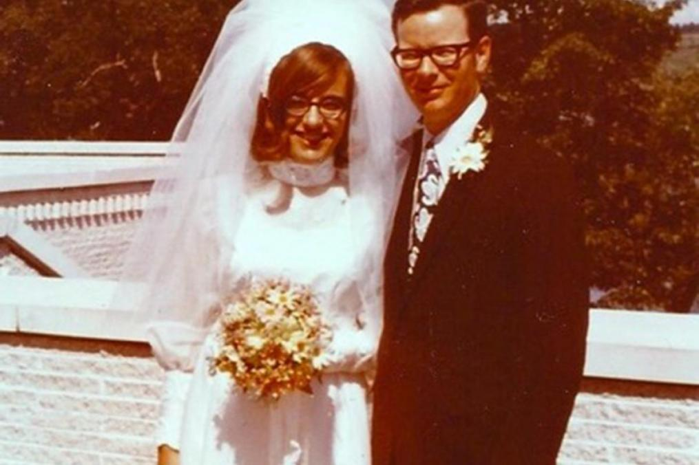 Mary Beth Mankin '68 and her husband, Bill Mankin, pose outside Norton Chapel on their wedding day in 1972.